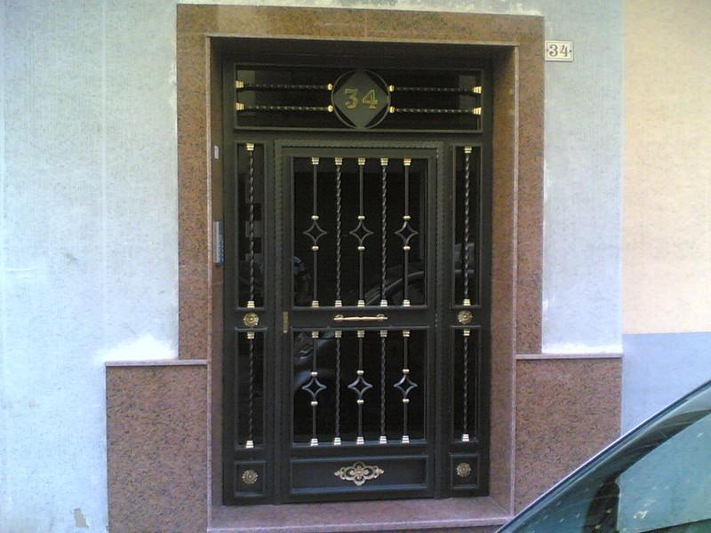 Hierro puertas y cancelas manufacturas gandia - Puertas de entrada de hierro ...